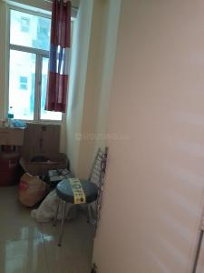 Gallery Cover Image of 1175 Sq.ft 2 BHK Apartment for rent in Gaursons 10th Avenue, Noida Extension for 11000