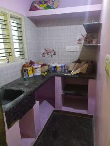 Gallery Cover Image of 400 Sq.ft 1 BHK Independent Floor for rent in Mallathahalli for 50000