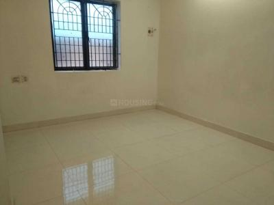 Gallery Cover Image of 1400 Sq.ft 3 BHK Apartment for rent in Nanmangalam for 15000