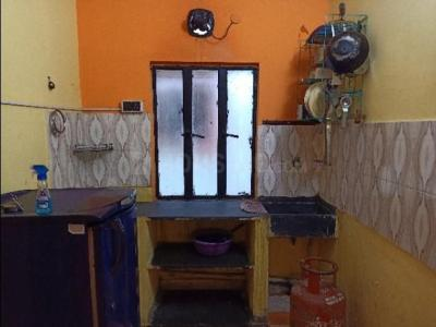 Gallery Cover Image of 550 Sq.ft 1 BHK Independent Floor for rent in Tollygunge for 12000