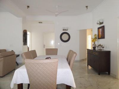 Gallery Cover Image of 2200 Sq.ft 3 BHK Independent Floor for rent in South Extension II for 110000