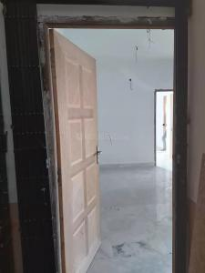 Gallery Cover Image of 738 Sq.ft 2 BHK Apartment for rent in Beliaghata for 15000