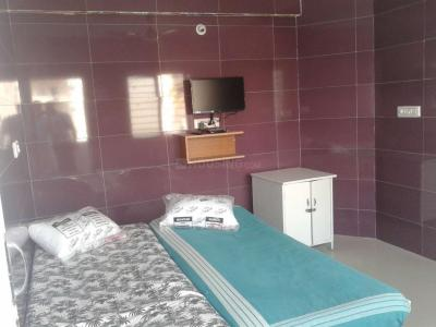 Bedroom Image of Sai Dhama Stay Inn PG in 5th Phase