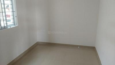 Gallery Cover Image of 1293 Sq.ft 3 BHK Apartment for rent in Perungalathur for 16000