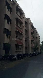 Gallery Cover Image of 660 Sq.ft 2 BHK Apartment for buy in Manapakkam for 3908000