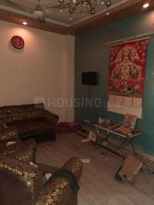 Gallery Cover Image of 950 Sq.ft 3 BHK Independent Floor for rent in Govindpuri for 22000