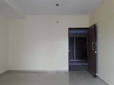 Gallery Cover Image of 1100 Sq.ft 2 BHK Apartment for rent in Dahisar West for 32000