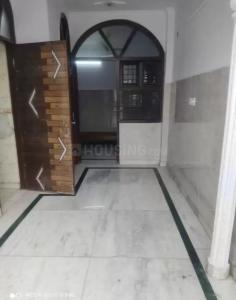 Gallery Cover Image of 450 Sq.ft 2 BHK Independent Floor for rent in Azadpur for 10000