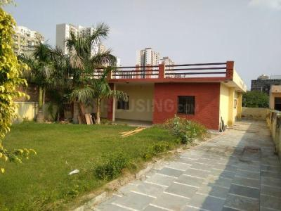 Gallery Cover Image of 2500 Sq.ft 2 BHK Independent House for rent in Sector 108 for 15000