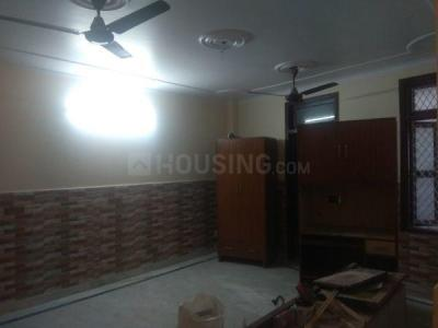 Gallery Cover Image of 900 Sq.ft 3 BHK Independent Floor for buy in Tughlakabad for 5500000