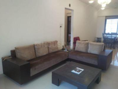 Gallery Cover Image of 1600 Sq.ft 3 BHK Apartment for rent in Santacruz West for 135000