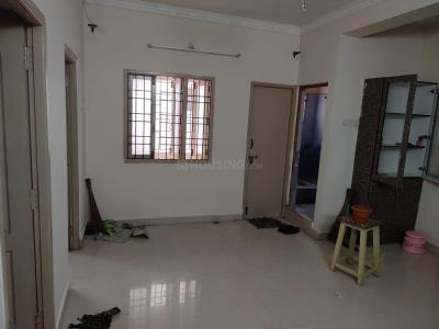 Gallery Cover Image of 860 Sq.ft 2 BHK Apartment for rent in Pallikaranai for 12500