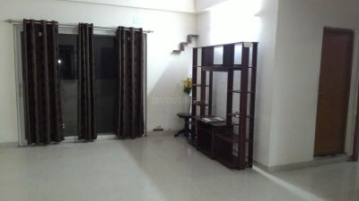 Gallery Cover Image of 1550 Sq.ft 3 BHK Apartment for rent in Bommasandra for 12000