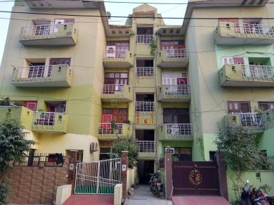 Gallery Cover Image of 1800 Sq.ft 3 BHK Apartment for rent in Abhay Khand for 15500