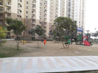 Gallery Cover Image of 1380 Sq.ft 3 BHK Apartment for buy in Paramount Emotions, Phase 2 for 4500000