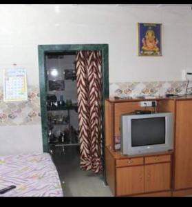 Gallery Cover Image of 300 Sq.ft 1 RK Independent House for rent in Borivali East for 7500