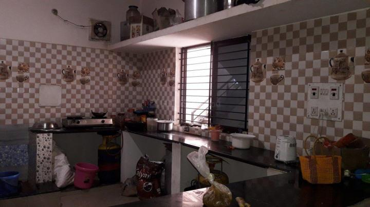 Kitchen Image of Sri Venkateshwara PG in Mangammanapalya