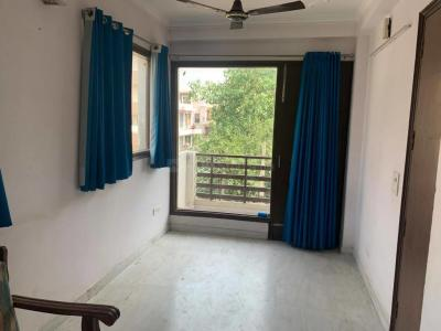 Gallery Cover Image of 720 Sq.ft 1 BHK Apartment for rent in DLF Phase 1 for 20000