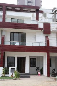 Gallery Cover Image of 945 Sq.ft 2 BHK Independent House for buy in Crossings Republik for 3400000