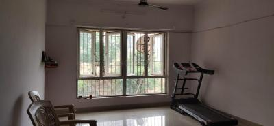 Gallery Cover Image of 800 Sq.ft 2 BHK Apartment for rent in Crystal Isle 2, Goregaon East for 22000