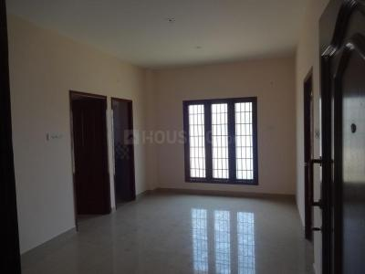 Gallery Cover Image of 834 Sq.ft 2 BHK Apartment for buy in Tharapakkam for 3200000