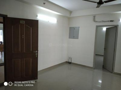 Gallery Cover Image of 1250 Sq.ft 3 BHK Apartment for rent in Mambakkam for 15000