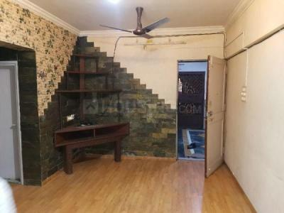 Gallery Cover Image of 585 Sq.ft 1 BHK Apartment for buy in Rustomjee Regal, Borivali West for 10000000