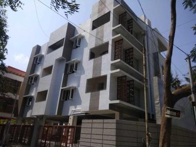 Gallery Cover Image of 1045 Sq.ft 2 BHK Apartment for buy in Anna Nagar for 14630000