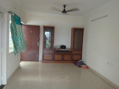 Gallery Cover Image of 1346 Sq.ft 3 BHK Apartment for rent in Pallikaranai for 19000