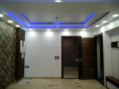 Gallery Cover Image of 1150 Sq.ft 3 BHK Independent Floor for buy in Mahavir Enclave for 6800000