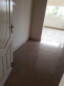 Gallery Cover Image of 1300 Sq.ft 3 BHK Apartment for buy in Ambattur for 6000000