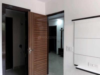 Gallery Cover Image of 900 Sq.ft 3 BHK Independent Floor for buy in Pitampura for 14000000