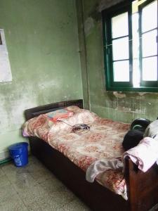 Bedroom Image of Debs PG in Alipore