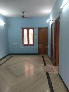Gallery Cover Image of 775 Sq.ft 2 BHK Apartment for buy in Annanagar East for 7000000