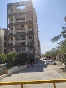 Gallery Cover Image of 680 Sq.ft 1 BHK Apartment for rent in Aura County, Wagholi for 13000