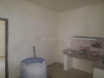 Gallery Cover Image of 650 Sq.ft 1 BHK Apartment for rent in Trilokpuri for 9000