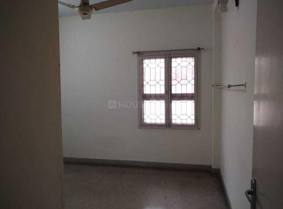 Gallery Cover Image of 1300 Sq.ft 3 BHK Apartment for rent in  GRN T Nagar, T Nagar for 25000
