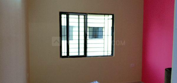 Bedroom Image of 680 Sq.ft 2 BHK Apartment for rent in Maheshtala for 8000