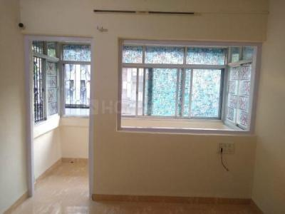 Gallery Cover Image of 370 Sq.ft 1 RK Apartment for rent in Malad West for 18000
