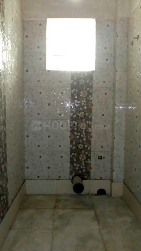 Common Bathroom Image of 419 Sq.ft 1 RK Apartment for buy in Baghajatin for 1800000