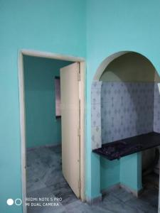Gallery Cover Image of 600 Sq.ft 1 BHK Independent Floor for rent in Jodhpur Park for 7500