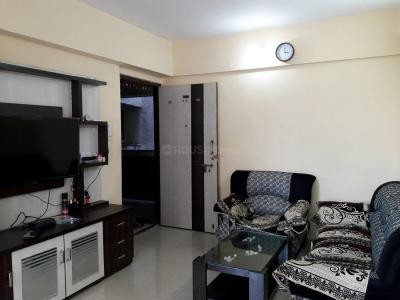 Gallery Cover Image of 620 Sq.ft 1 BHK Apartment for buy in Thane West for 5800000