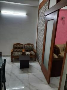 Gallery Cover Image of 540 Sq.ft 1 BHK Independent House for rent in Sushant Lok I for 24000