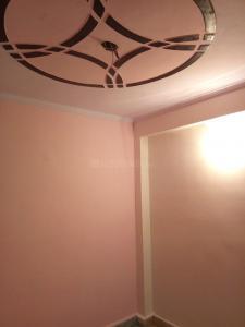 Gallery Cover Image of 250 Sq.ft 1 RK Independent Floor for buy in Uttam Nagar for 650000