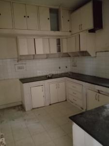 Gallery Cover Image of 1450 Sq.ft 4 BHK Apartment for rent in Vasant Kunj for 43000