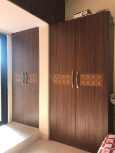 Gallery Cover Image of 925 Sq.ft 2 BHK Apartment for rent in Kurla West for 46999