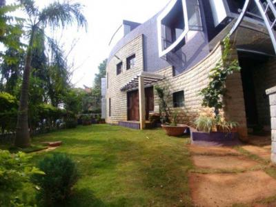 Gallery Cover Image of 4600 Sq.ft 4 BHK Independent House for rent in Kartik Nagar for 68000