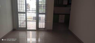 Gallery Cover Image of 1200 Sq.ft 2 BHK Apartment for rent in Sowmya Sarovar, Thanisandra for 20000
