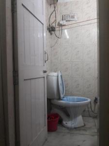Bathroom Image of PG 4035610 Sarita Vihar in Sarita Vihar