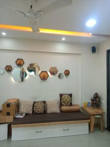 Gallery Cover Image of 930 Sq.ft 2 BHK Apartment for buy in Yash Enclave, Dombivli West for 7000000